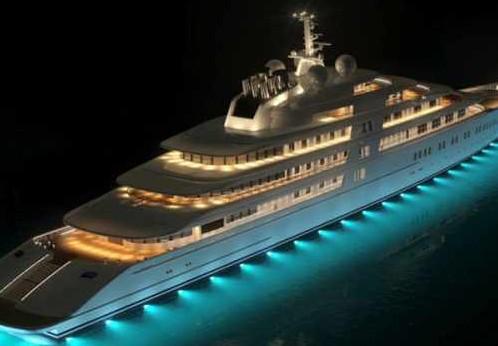 英超曼城主席兄长购世界最大游艇
