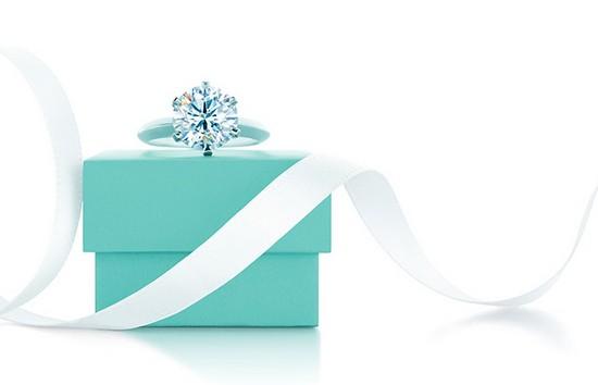 Tiffany & Co.(蒂芙尼)钻戒求婚传统的缔造者