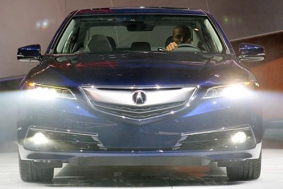 讴歌TLX量产车2014纽约车展首次发布