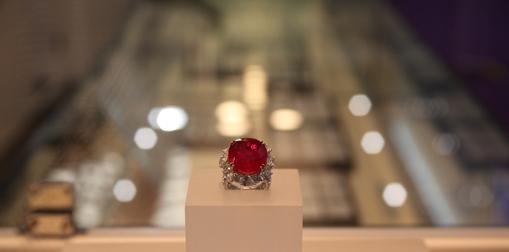 鸽血红宝石收藏条件
