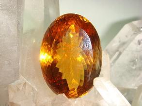 什么是黄水晶