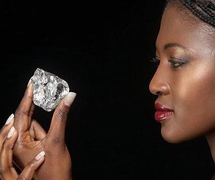 光明之山钻石简介_光明之山钻石故事_光明之山钻石珍藏
