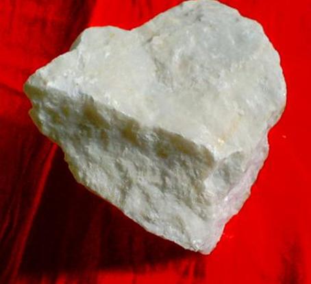 方解石是什么_方解石用途_方解石晶体结构