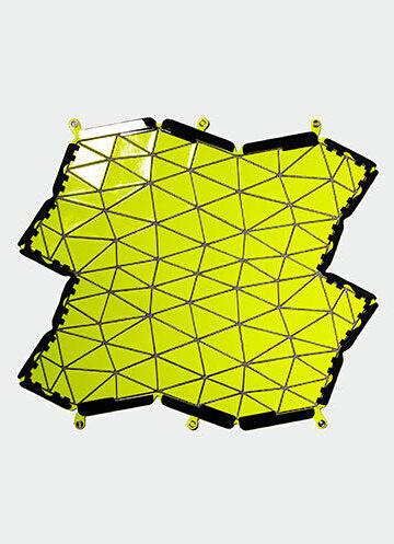 三宅一生推出新款「Distortion」系列箱包