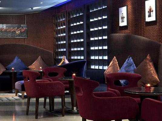 雪茄爱好者的天堂 上海尖端的雪茄酒廊