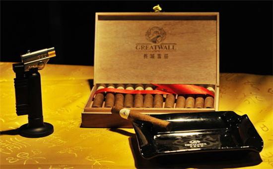 哈瓦那雪茄:具有名垂青史的质量和登峰造极的贵族风仪