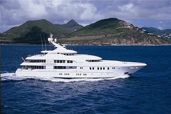 Lurssen船厂出产最奢华60米「Lime Light」豪华游艇