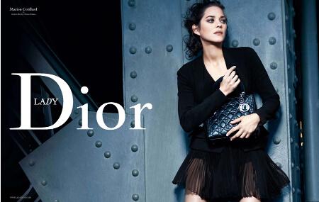 迪奥经典款戴妃包(Lady Dior)真假如何辨别?