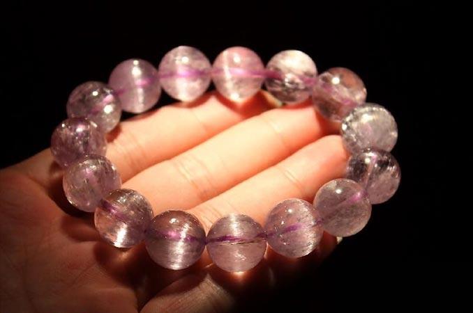 什么是紫锂辉_紫锂辉石的功效与作用_紫锂辉石价格和价值