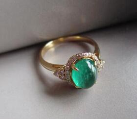 祖母绿戒指挑选要诀
