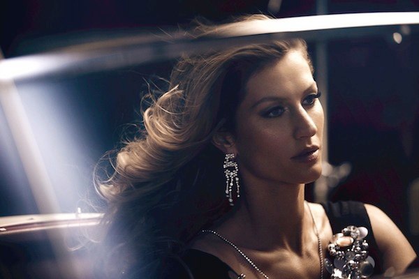 香奈儿携手邦辰发布2014年N°5香水形象广告影片