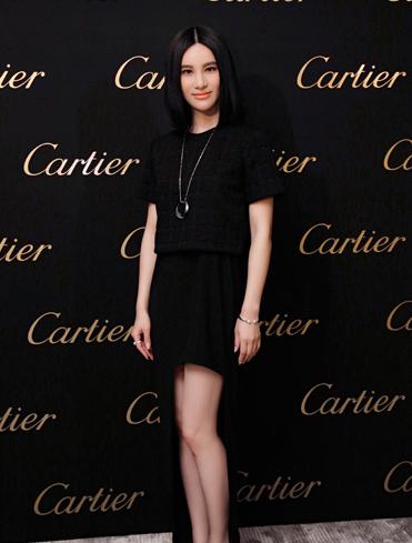 尹恩惠尚雯婕穿衣搭配黑裙斗艳卡地亚鉴赏会