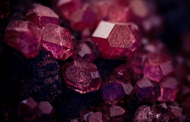 什么是血钻石_血钻主要特点_血钻相关传说