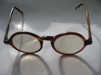 水晶眼镜的鉴别