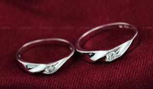情侣戒指图片