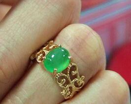 翡翠戒指镶嵌款式