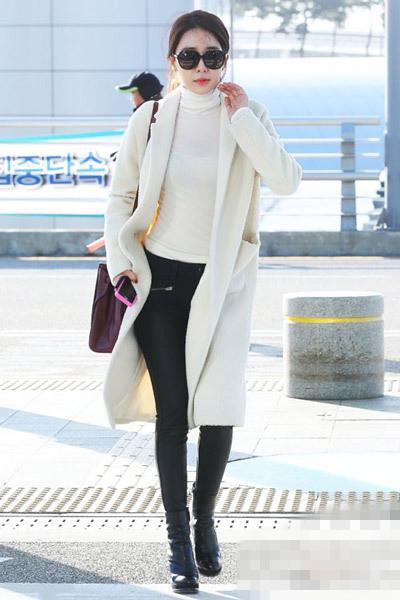 海清刘仁娜穿衣搭配 大衣保暖又漂亮