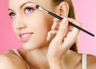 化妆需要哪些化妆品
