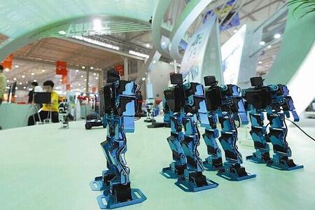 智能机器概念股