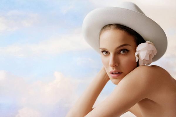 Natalie Portman 代言迪奥全新Nude Air底妆