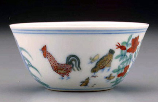 明成化斗彩鸡缸杯