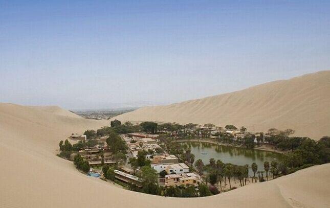 这不是海市蜃楼 沙漠中的奇迹绿洲图片