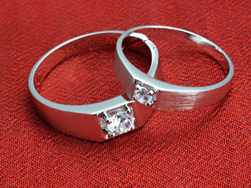 铂金戒指多少钱一克