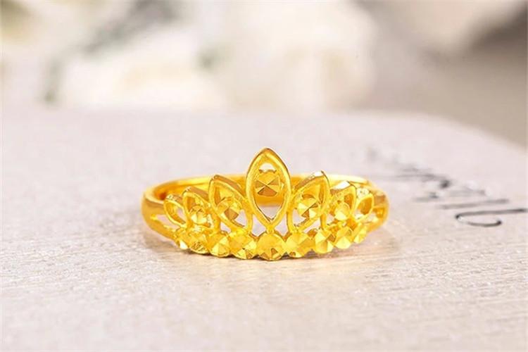 爱迪尔珠宝女王皇冠结婚定制黄金戒指_珠宝图片