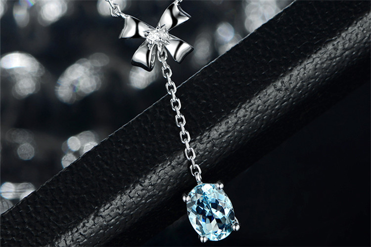米莱珠宝白18K金1.5克拉海宝蓝钻石项链_珠宝图片