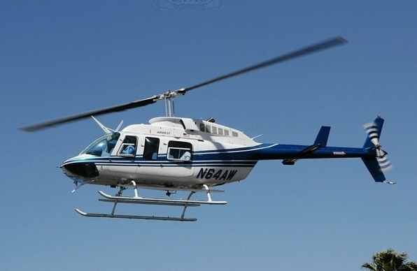 热门飞机贝尔206被评为最安全 最可靠的私人直升机