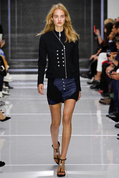 Versus Versace于伦敦时装周发布2016春夏系列