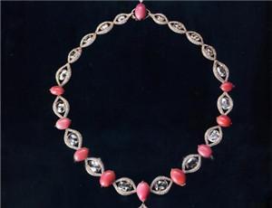"""海螺珍珠""""唯美的粉色""""苹果也会低头"""