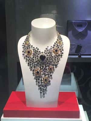 小宝石出大效益 昌乐打造罕见珠宝产业集群