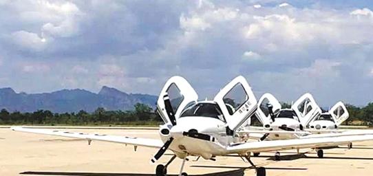 宁波首家飞行俱乐部周日开业 25万学飞机驾照