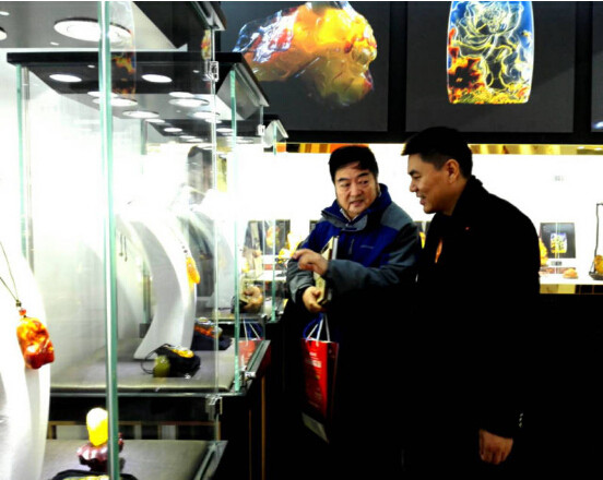 琥珀雕刻艺术在北京国家会议中心展出圆满结束