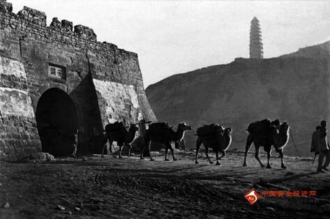 吴印咸诞辰115周年摄影艺术展