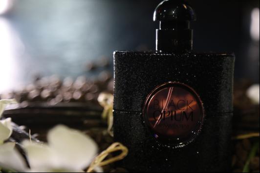 BLACK OPIUM黑鸦片香水 全新定义自由前卫