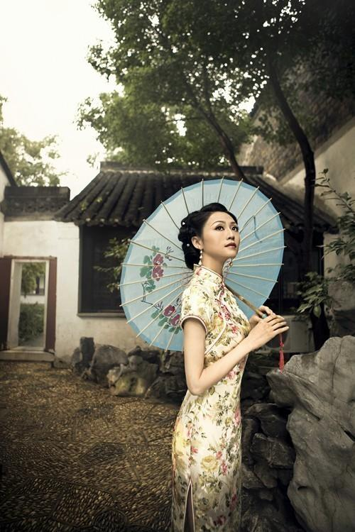 委员倡议G20时杭州女性穿旗袍 网友: 浓脑子瓦特了?