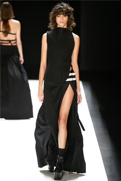 Vera Wang于纽约时装周发布2016秋冬系列