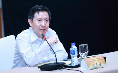 保监会曾于瑾当选上海保交所董事长