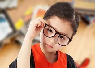 研究发现青少年饮食不当易近视