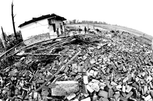 江苏遭龙卷风袭击已致51死 中国人保财险启动大灾应急预案