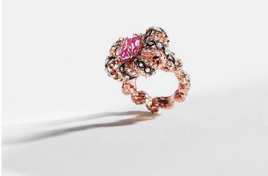 美到窒息 全新Dior à Versailles 高级珠宝系列