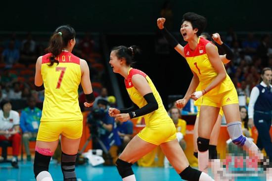 中国女排决赛夺冠 时隔十二年重返奥运之巅