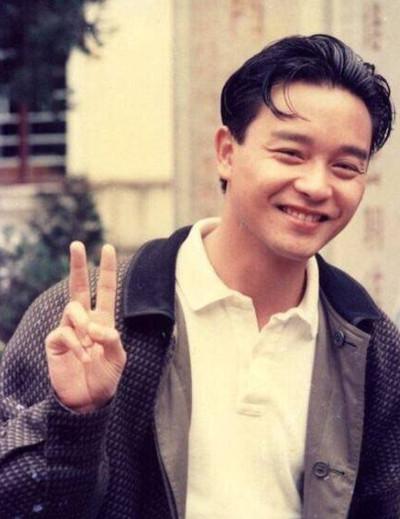 张国荣60岁冥诞 唐鹤德留言:他比烟花灿烂!
