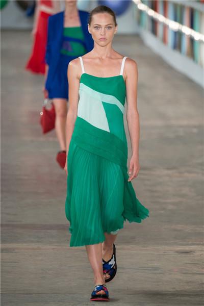 Hugo Boss于纽约时装周发布2017春夏系列时装秀