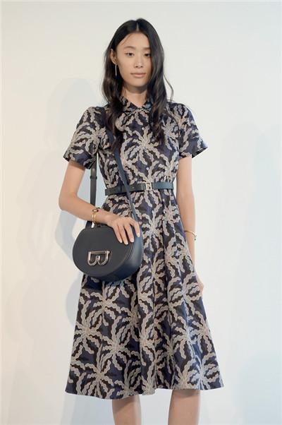Brooks Brothers服装品牌于纽约时装周发布2017春夏系列