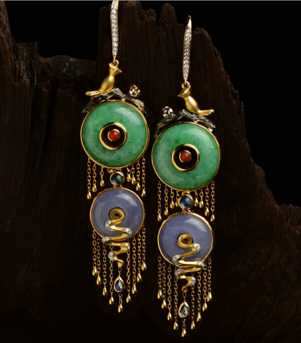 佩戴这样的珠宝耳饰出街 想没有回头率都难!