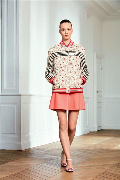 Longchamp(珑骧)于巴黎时装周发布2017春夏系列