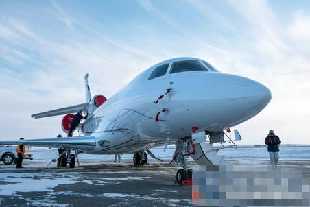 达索交付其首架全新一代猎鹰8X超远程公务机